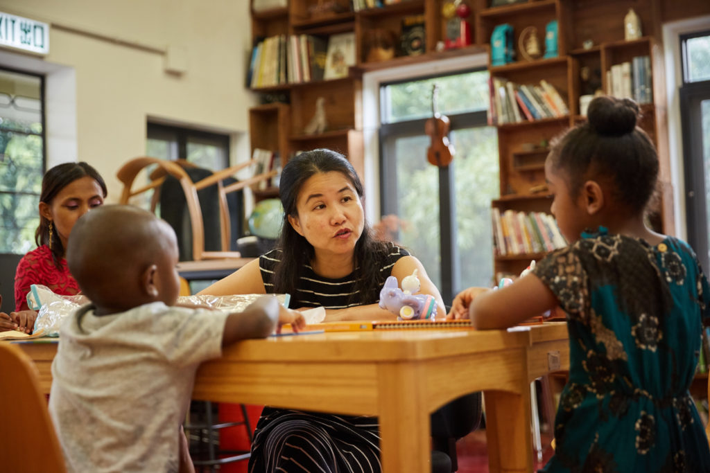 Ng Fung-sheung hosts a Cantonese learning playgroup for asylum seekers